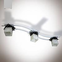 Люстра 3-х ламповая металлическая, кухня, коридор, ванная комната