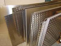 Лист алюмінієвий 2х1250х2500мм Д16АТ ГОСТ цена купить алюминиевый лист рифлённый чечевица, квинтет, алмаз.