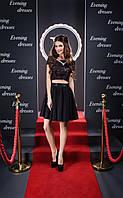 Невероятно модного кроя вечернее платье с гипюром