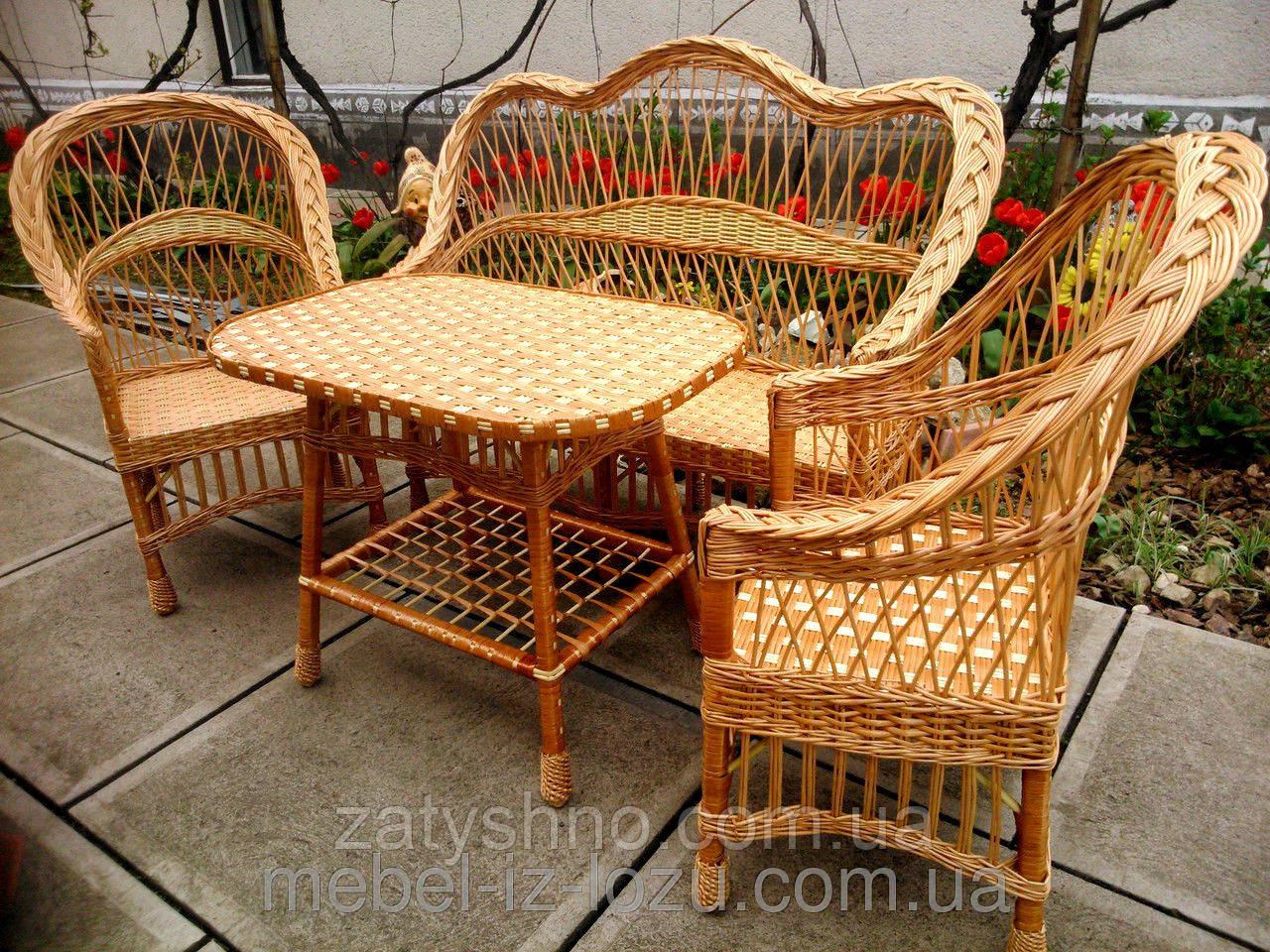 Деревянная плетеная мебель для кухни