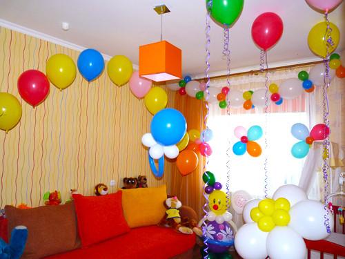 детская комната с шарами