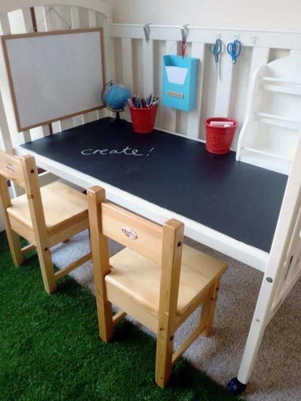 Кроватка как детский столик
