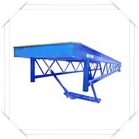 Заливочно-подъемный стол