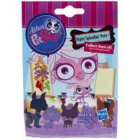 Игровой набор Hasbro Зверюшка в закрытой упаковке Littlest Pet Shop (A8240)