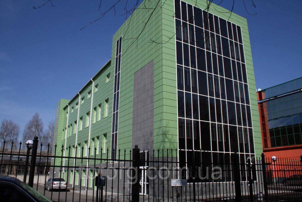 Вентилируемый фасад жилого дома