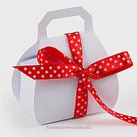 Бонбоньерка сумочка белая
