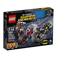 Lego Super Heroes Бэтмен Погоня на мотоциклах по Готэм-сити 76053