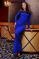 Красивое длинное платье цвета электрик