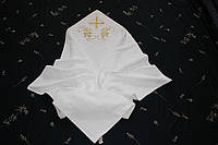Полотенце  квадратное для крещения с вышивкой