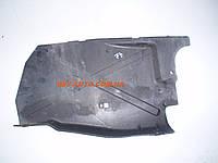 Защита двигателя пластик правая сторона RENAULT TRAFIC (2000-2014)  8200505045