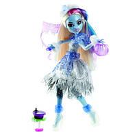 Кукла Monster High Эбби Боминейбл (Abbey Bominable) из серии Хэллоуин