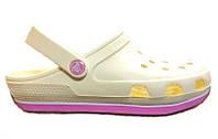 Сандалии женские Crocs (кроксы, шлепки) резиновые молочные