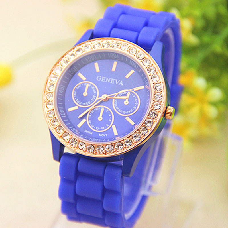Женские часы силиконовые Geneva Relogio Feminino Dark Blue синие со стразами