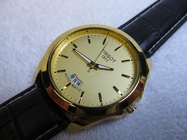 Мужские наручные часы Tissot - Clasik календарь
