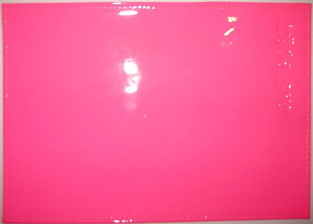 Кожаная обложка на паспорт цвет ярко-розовый