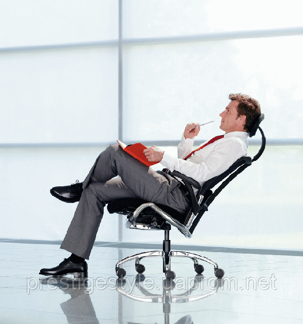 Перукарські крісла: пневматика або гідравліка?