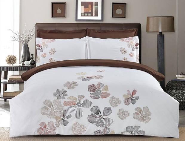 Комплект постельного белья Евро HomeLine Сатин с вишивкой 200х220 КВІТИ в коробке, фото 2