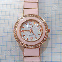 Часы Chanel 113981 женские золотистые с белым циферблатом в стразах на розовом металлическом браслете