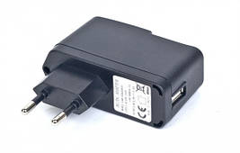 Зарядное устройство 220 USB 5V CHARGER