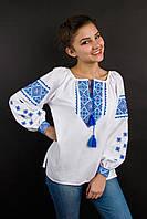 Оригинальная женская вышиванка в голубом орнаменте