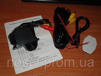 Камера заднего вида для Toyo_ta Corolla 2011/2012/2013 под установку в штатное место плафона освещения номера.