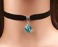 Чокер бархатный с стеклянным голубым сердечком