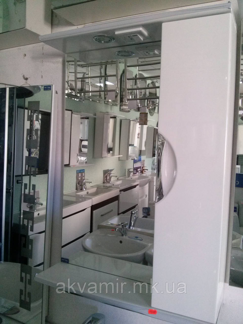 Зеркало в ванную З-04 ВР Николь 50 см врезная ручка