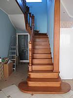 Обшивка бетонной лестницы с филенками