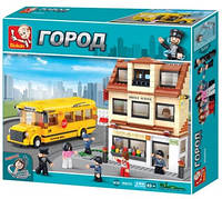 Конструктор Sluban Школьный автобус со школой M38-B0333 Серия Автобус