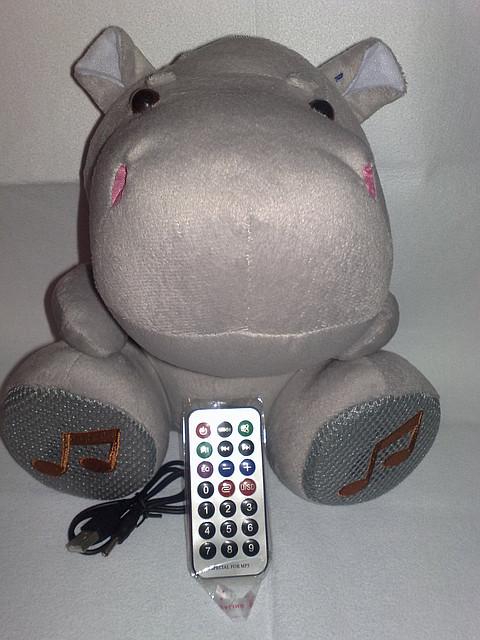 Мини спикер.Акустическая мини система мягкая игрушка FM/USB/CD