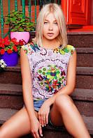Светлая футболка с цветами м-0684