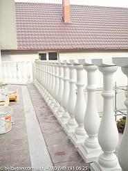 Монтаж балясин на балконе