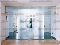 Цельностеклянные двери и перегородки