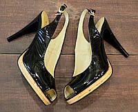 Женские черные босоножки из лаковой натуральной кожи VIOLA на шпильке , фото 1