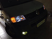 НАШИ РАБОТЫ: Перелинзовка VW Transporter T5. Замена билинз G5 на Koito Q5 + установка ксенона в ПТФ.