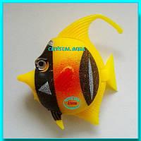 Рыбка пластмассовая №19