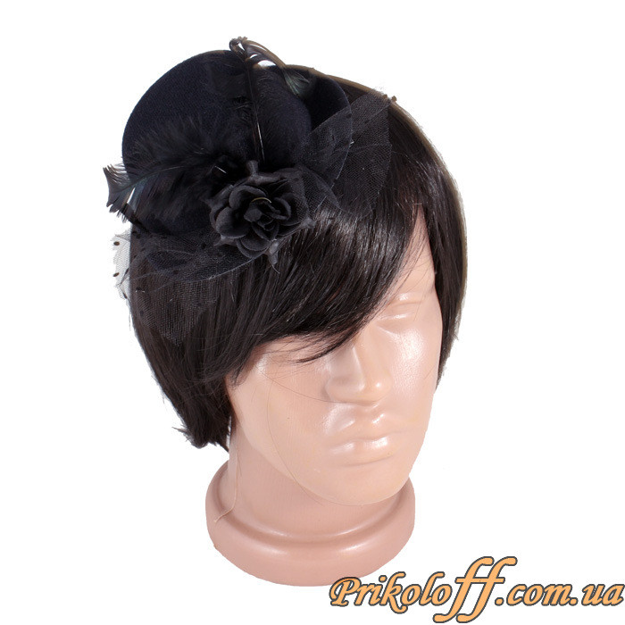 Жіноча чорна капелюшок на заколочке