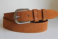 Замшевый ремень на джинсы и брюки 40 мм рыжего цвета хромовая  серебряная пряжка