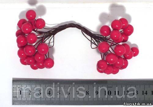 Ягоды на проволоке гладкие, 12 мм. красные