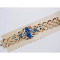 Старинные мотивы, массивность и загадочные узоры - ультра модный браслет с камнями цвета перванш (барвинковый)