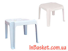 Пластиковый столик 45х45 см