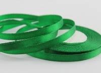 Атласная лента  зелёная  7мм (23 м.)