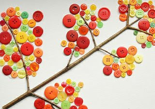 Осеннее дерево из пуговиц
