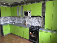 Зеленая кухня  в стиле хай-тек(с фасадом ДСП)