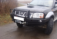 Бампер передний для Nissan Navara D22 (2001-2004) с монтажной плитой под лебедку и с кенгурятником