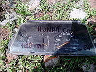 Щиток приборов  Honda Civic.