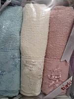 Махровые полотенца в красивой подарочной коробке Turkiz