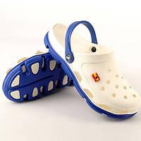 Пляжная мужская обувь молочного цвета