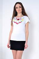Белая футболка -вышиванка - яркий выбор современных модниц