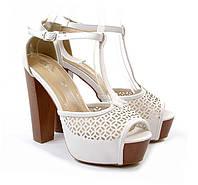 Молодежные летние туфли на каблуке белые эко-кожа Размер 39